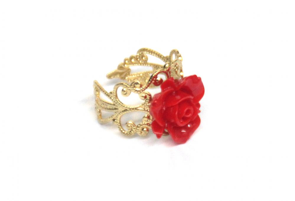 Red flower adjustable ring with filigree accessories gold plated