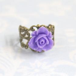 Purple flower adjustable antique bronze ring with filigree accessories
